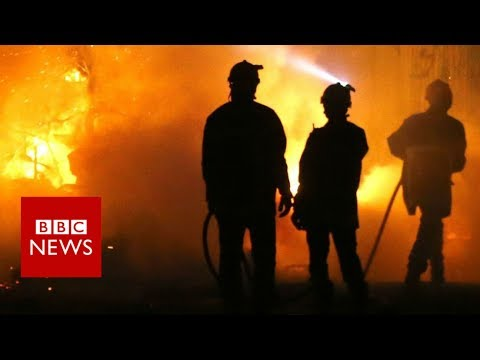 France: Corsica fires threaten homes in Biguglia - BBC News
