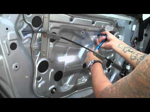 DIY: Replace Infiniti G35 coupe window motor-Part 1