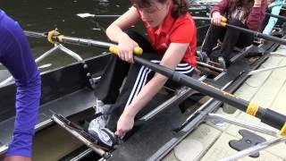 """Rowing in the Dark ist ein Inklusionsprojekt des Vereins """"Rudern und Sport Steinmühle Marburg e.V."""" mit dem Landschulheim..."""