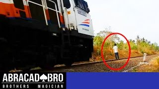 Video HIT BY TRAIN MAGIC PRANK !! (SHOCKING THE TRAIN DRIVERS) - abracadaBRO Street Magic Tricks Indonesia MP3, 3GP, MP4, WEBM, AVI, FLV Januari 2018