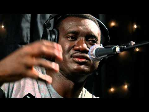 Bassekou Kouyate & Ngoni Ba - Full Performance (Live on KEXP)
