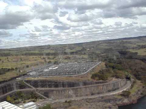 GALERA DO VAPOR Salsicha botando com raiva na represa de Nova Ponte-MG