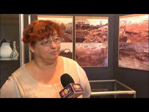 """Valmieras muzejā atklāta izstāde """"Pasaules radīšana. Māls un porcelāns"""""""