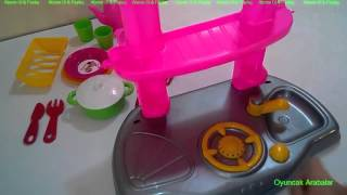 Barbie Cocina Chef Juego Set - Barbie Chef Kitchen Set - This is the Unboxing Review of Play-Doh Meal Making Kitchen playset Using the PlayDough Cookie Monst...