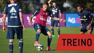 Equipe retorna aos treinamentos visando a partida de domingo contra o Cruzeiro---------------Seja sócio-torcedor do Flamengo: http://bit.ly/1QtIgYl---------------Inscreva-se no canal oficial do Flamengo. Vídeos todos os dias.--- Subscribe at Flamengo channel, a 40-million-fans nation. Join us!