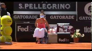 Ball Boy trips behind Maria Sharapova - YouTube