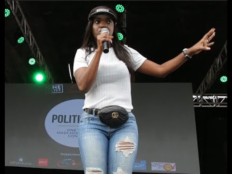 Tuface idibia's Wife,Annie Joins Him As He Sings His Hit Song 'AMAKA' One Voice Concerts