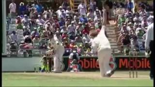 Sachin Tendulkar's upper cut to Brett Lee's bouncer
