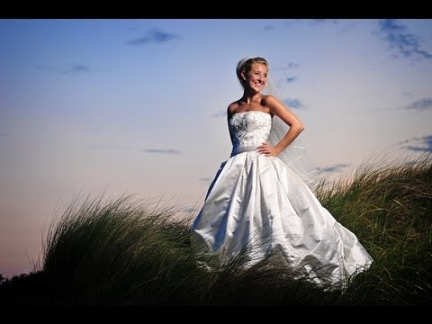 How To Become A Professional Commercial Wedding Photographer (видео)