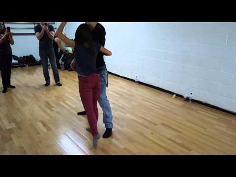 Bachata Sensual Avanzada Kike Y Fania (видео)