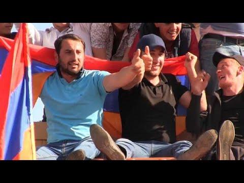Armenien: Proteste der Opposition legen die Haupstadt lahm