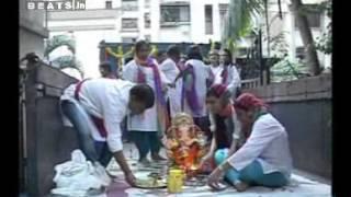 Video Shweta Tiwari Ganpati Visarjan 2012 Part 1 download in MP3, 3GP, MP4, WEBM, AVI, FLV January 2017