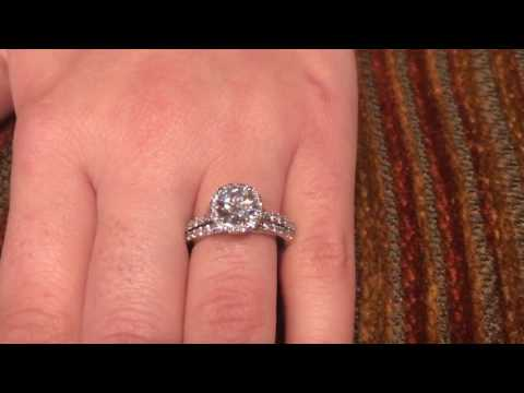 1 Carat High Quality Cubic Zirconia Platinum Ring with Matching Band Halo