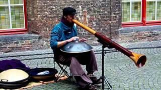 Hang Drum y Didgeridoo en Brujas (Campanario de las Hallen - Belfort)
