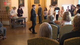 Žáci OA Mohelnice převzali svá maturitní vysvědčení