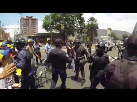 ''Marcha de la pelazón'' llega al sur de Valencia, a pesar de PoliCarabobo (+Fotos y video) (29 - 3 - 2014)