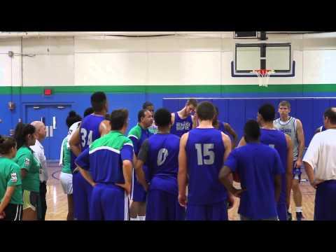 Islanders Men's Basketball Opens Practice