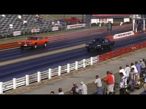 1969 GTO Judge vs. 1970 Hemi Road Runner