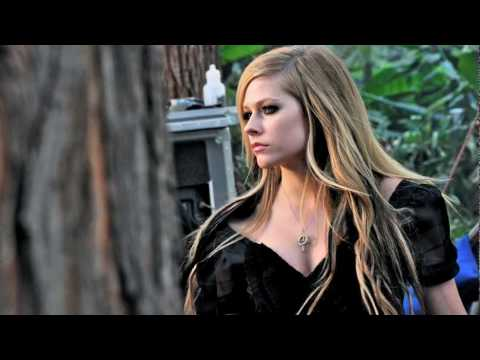 0 Video Alice   Avril Lavigne