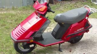 10. 1986 Honda Elite 150 Deluxe red