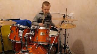 Download Lagu Deep Purple - Smoke On The Water - Drum Cover - Drummer Daniel Varfolomeyev 8 year Mp3