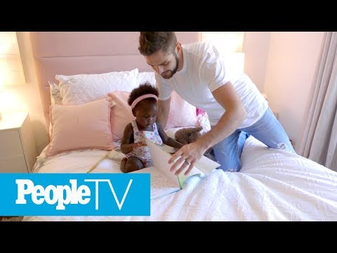 Video Thomas Rhett & Lauren Akins Give A Tour Of Their Daughters' Nurseries | Hollywood at Home | PeopleTV download in MP3, 3GP, MP4, WEBM, AVI, FLV January 2017