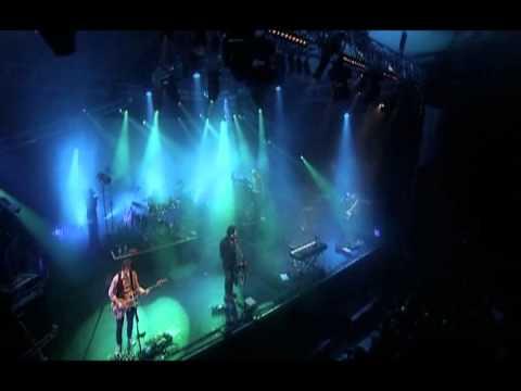 Tekst piosenki Marillion - An Accidental Man po polsku