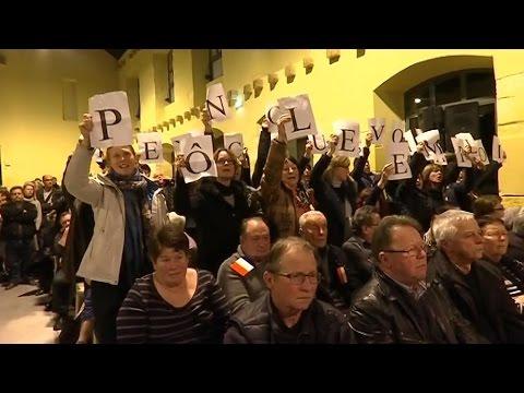 Audincourt : La CGT coupe le courant et prive Manuel Valls de meeting (Màj vidéo)