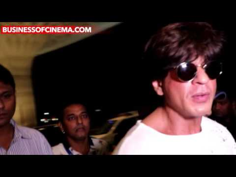 Shah Rukh Khan's Uber Cool Airport Look Will Make