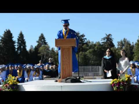 2014 Valedictorian Graduation Speech… but first let me take a selfie!