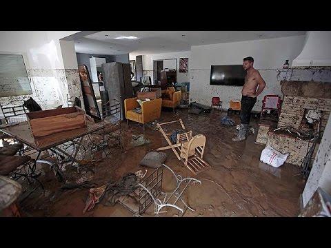 Γαλλική Ριβιέρα: Σκηνικό απόλυτης καταστροφής