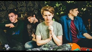 Glass Animals - Wyrd (lyrics)