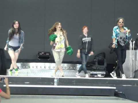 Cast of Camp Rock 2. Soundcheck!