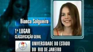 Bianca Salgueiro,18 anos, a Carolina da novela, passou em primeiro no vestibular da UFF para engenharia química e foi a...