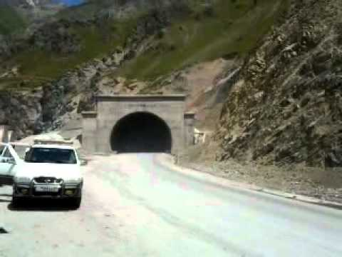 Tajikistan Fann Mountais 2012 - Iskanderkul to Dushanbe road 10 - After tunnel of death - Anzob (видео)