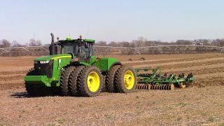 Video Big Tractor Power Back in the Field for 2017: John Deere 9620R MP3, 3GP, MP4, WEBM, AVI, FLV November 2017