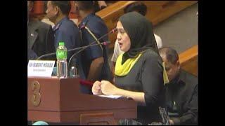 A peace advocate from Marawi City turned emotional as she cited instances of human-rights abuses against the residents of the strife-torn city during a joint special session of Congress on Saturday, July 22, 2017.