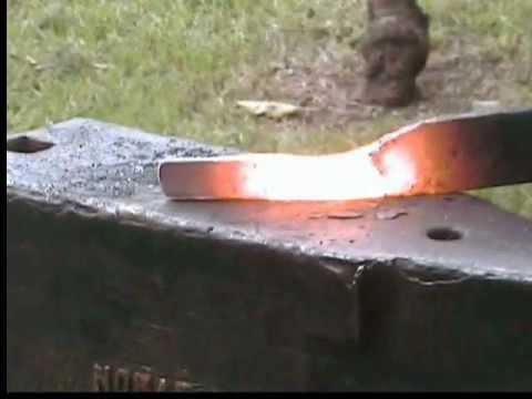 Forja de cuchillo vikingo