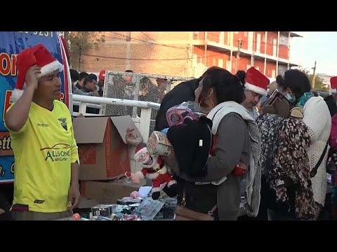 «Χριστουγεννιάτικα δώρα» για το καραβάνι των μεταναστών…