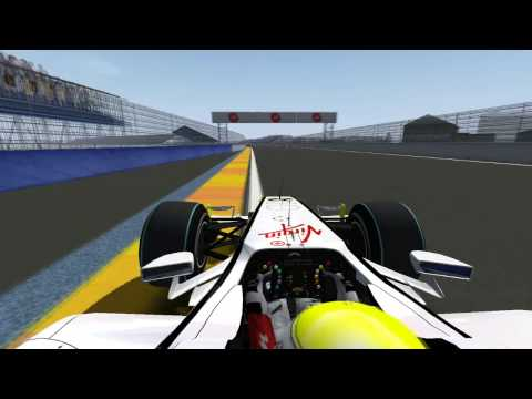 rFactor F1 2009 | Jenson Button adelante en Valencia