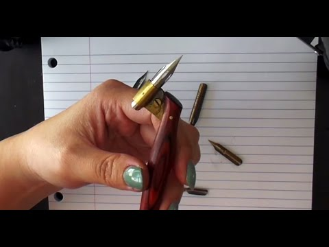 1. Pointed Pen Calligraphy 101: About nibs and oblique holders