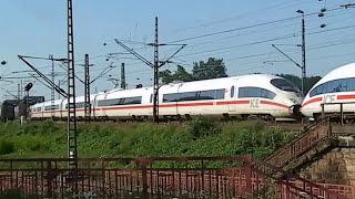 Germany Railway . Deutschland Eisenbahn Bahnhof Schweiz . ICE unterwegs Richtung Zürich
