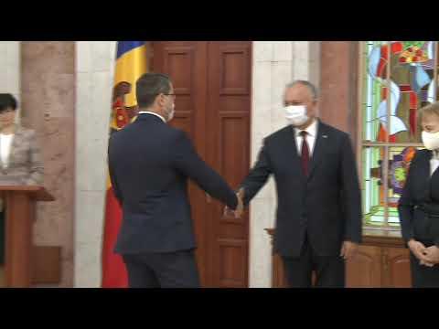 La Președinție, a avut loc ceremonia de depunere a jurământului de către patru miniștri și un viceprim-ministru
