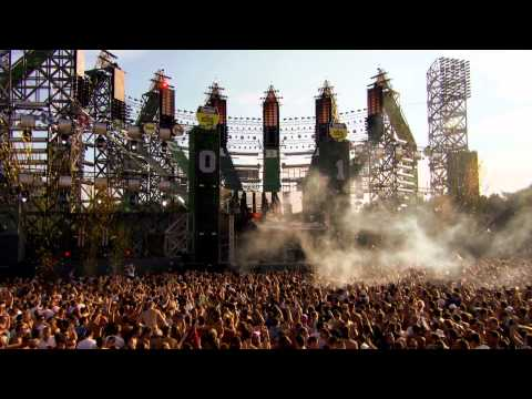 b2s - The official aftermovie from Decibel outdoor festival 2011. August 20th at the Beekse Bergen Hilvarenbeek (NL). Presented by b2s. For more info check out: ww...