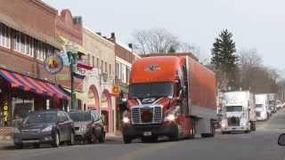 Ellsworth (ME) United States  city photos gallery : Wreaths Across America Convoy travels through Ellsworth, Maine 2013