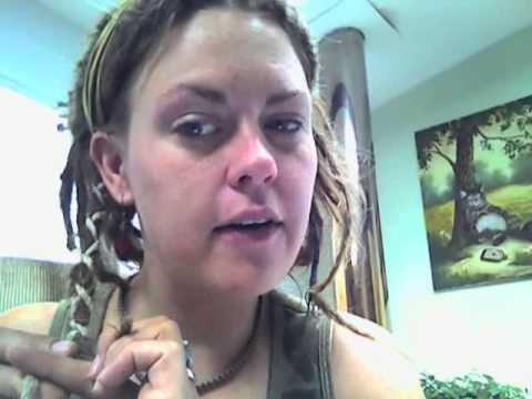 How to add a hemp wrap to your dreads