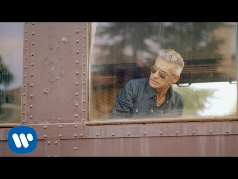 made in italy, il nuovo video di luciano ligabue