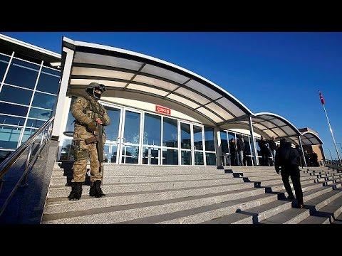 Τουρκία: Αποφυλακίζεται η συγγραφέας Ασλί Ερντογάν που κατηγορείται για «τρομοκρατική προπαγάνδα»