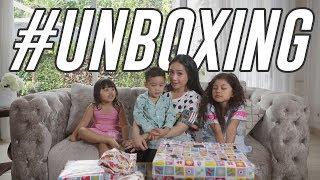 Video Unboxing Kado Dari Hongkong Disponsorin Oleh Rafathar #Unboxing MP3, 3GP, MP4, WEBM, AVI, FLV April 2019