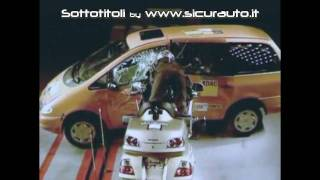 10. Honda Goldwing, crash test ADAC. La prima moto con l'airbag [SUB ITA]
